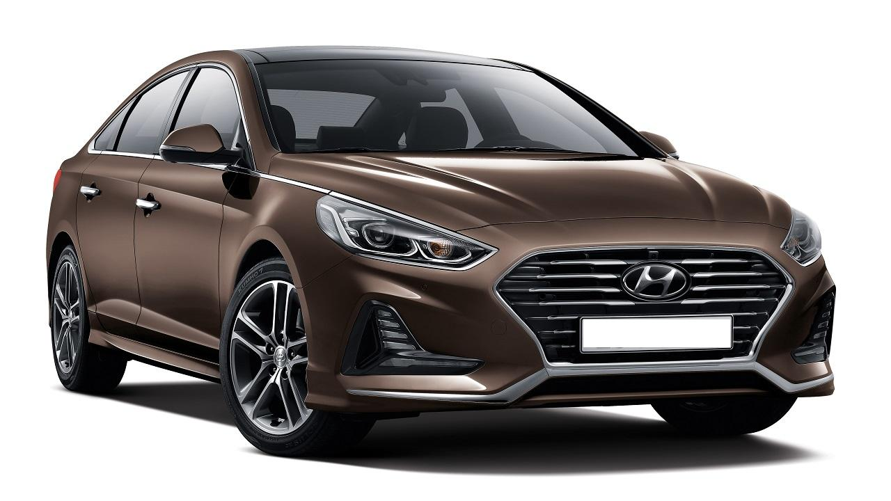 <h3><strong>Refined sportiness with innovative design </strong></h3>  <p>Good design is all about moderation and concentration. The Sonata's beauty is the confident, quiet kind. No need to show off.</p>