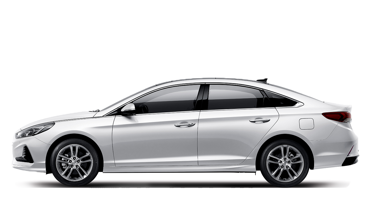 <h3><strong>Refined sportiness with innovative design</strong></h3>  <p>Good design is all about moderation and concentration. The Sonata's beauty is the confident, quiet kind. No need to show off.</p>